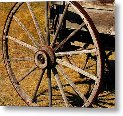 Wagon Wheel Metal Print by Perry Webster