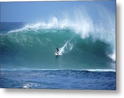 Waimea Bay Boomer Metal Print by Kevin Smith