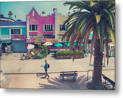 Waitin' For Victorio Metal Print by Laurie Search