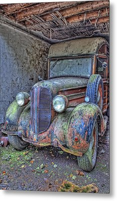 Waiting For A Part Metal Print by Jim Dohms