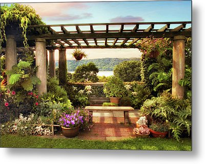 Wave Hill Pergola Metal Print by Jessica Jenney
