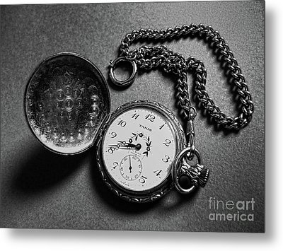 What Is The Time? Metal Print by Jasna Dragun