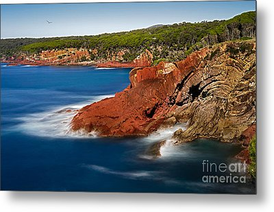 Where Blue Water Meets Red Rock Metal Print by Russ Brown