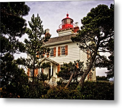 Yaquina Bay Lighthouse Two Metal Print by Thom Zehrfeld