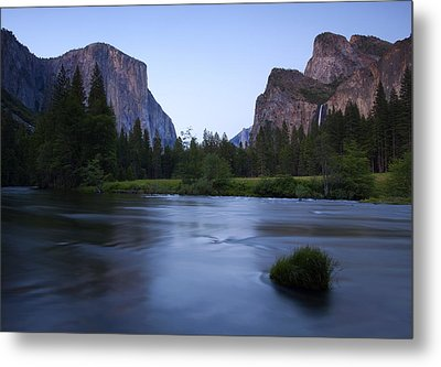 Yosemite Twilight Metal Print by Mike  Dawson