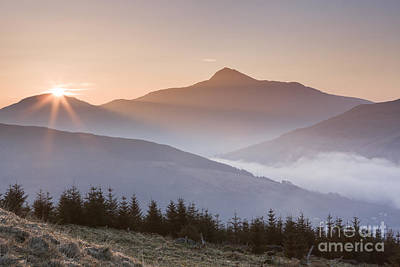 Ben Lomond Sunrise Poster by Rod McLean