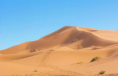 Morocco Sahara Desert Sand Dunes In Las Poster by Bill Bachmann