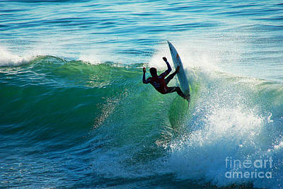 Off The Lip Poster by Paul Topp