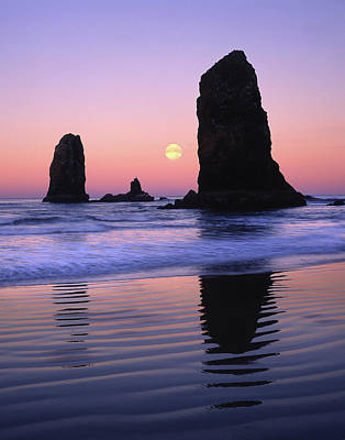 Usa, Oregon, Cannon Beach Poster by Jaynes Gallery