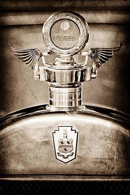 1928 Pierce-arrow Hood Ornament - Moto Meter Poster by Jill Reger