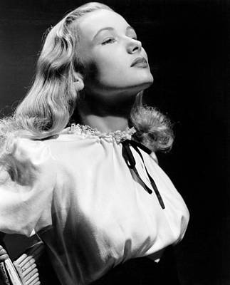 Veronica Lake, 1942 Poster by Everett