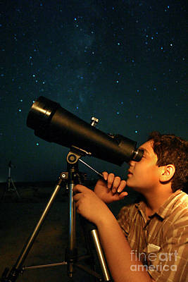 Young Astronomer Observing The Sky Poster by Babak Tafreshi