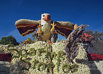 2015 Cal Poly Rose Parade Float 15rp055 Poster by Howard Stapleton