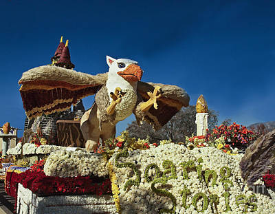 2015 Rose Parade From Cal Poly 15rp054 Poster by Howard Stapleton