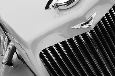 1939 Aston Martin 15-98 Abbey Coachworks Swb Sports Grille Emblem Poster by Jill Reger