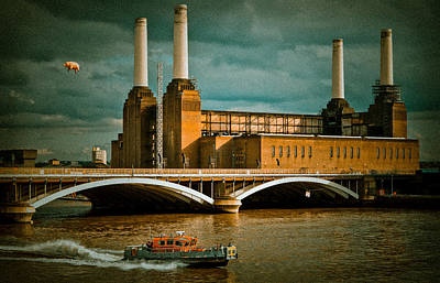 Pink Floyd Pig At Battersea Poster by Dawn OConnor