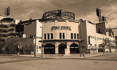 Pnc Park - Pittsburgh Pirates Poster by Frank Romeo