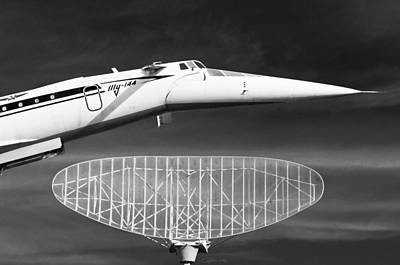 Aviation Icons - Supersonic Airliner Tupolev Tu-144 In Black And White Poster by Colin Utz