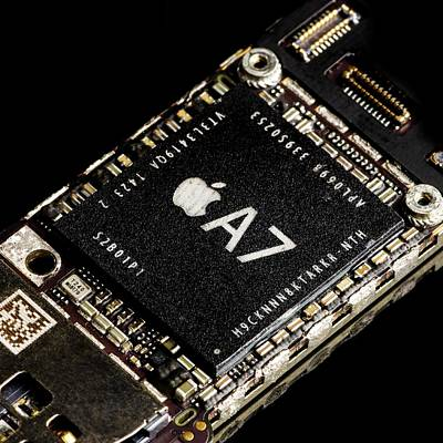 Apple A7 Processor Poster by Science Photo Library