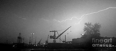 Biw Lightning 2 Poster by Donnie Freeman