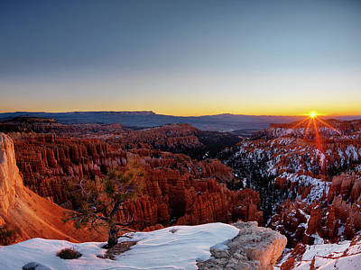 Bryce Canyon Sunrise Poster by Leland D Howard