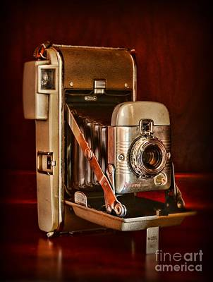 Camera - Vintage Polaroid Land Camera 80 Poster by Paul Ward
