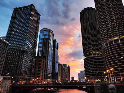 Chicago River Sunset 002 Poster by Lance Vaughn