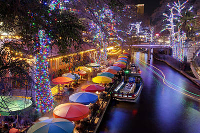 Christmas On The Riverwalk Poster by Paul Huchton