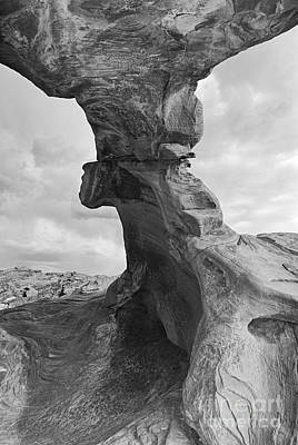 Close Up Of Arch Rock In The Valley Of Fire State Park In Nevada Poster by Jamie Pham