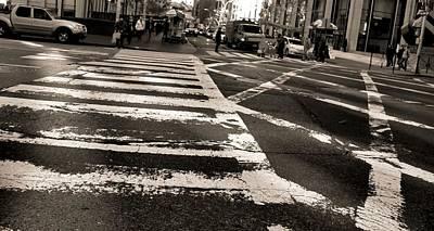 Crosswalk In New York City Poster by Dan Sproul