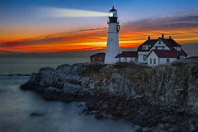Dawn At Portalnd Head Light Poster by Susan Candelario