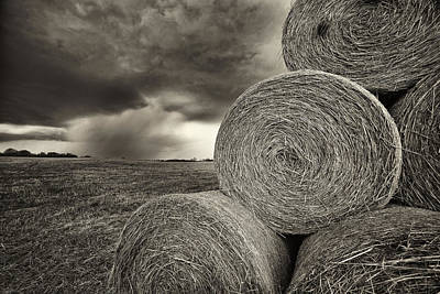 Distant Thunderstorm Approaches Hay Bales E90 Poster by Wendell Franks