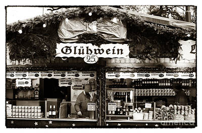 Gluhwein Poster by John Rizzuto