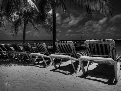 Grand Turk Vacation 003 Bw Poster by Lance Vaughn
