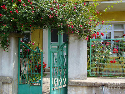 Green Gate With Rose Trellis Poster by Lou Ann Bagnall