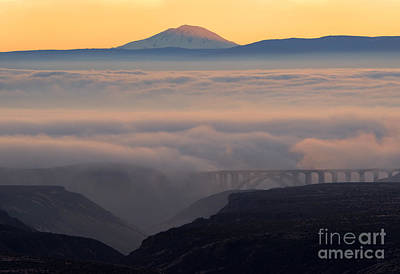 Last Light Over Mt. Adams Poster by Mike Dawson