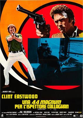 Magnum Force Aka Una 44 Magnum Per Poster by Everett