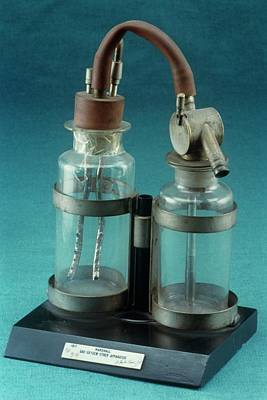 Marshal Gas-oxygen-ether Apparatus Poster by Science Photo Library