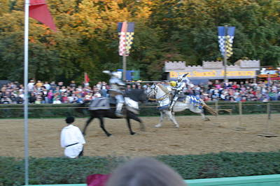 Maryland Renaissance Festival - Jousting And Sword Fighting - 121250 Poster by DC Photographer
