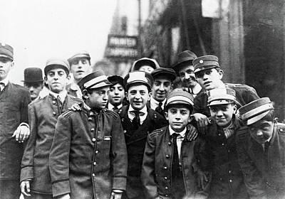 Messenger Strike, 1916 Poster by Granger