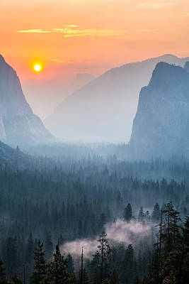 Morning Mist In The Valley Poster by Mike Lee
