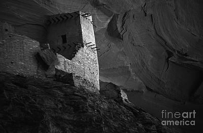Mummy Ruin Canyon De Chelly Arizona  Poster by Bob Christopher