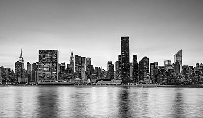 New York City Dusk Colors Bw Poster by Susan Candelario