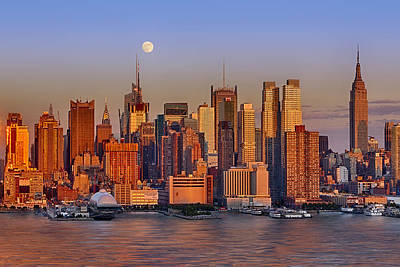 New York City Skyline Full Moon And Sunset Poster by Susan Candelario