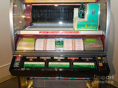 Old Vintage Seeburg Jukebox Dsc2764 Poster by Wingsdomain Art and Photography