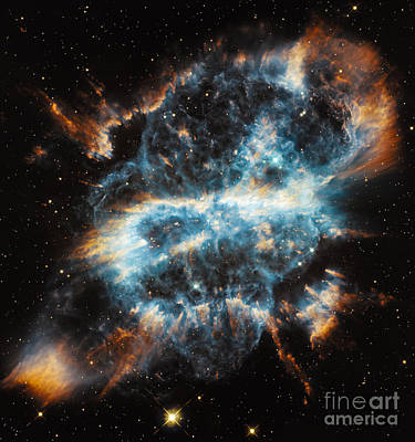 Planetary Nebula Ngc 5189 Poster by Science Source