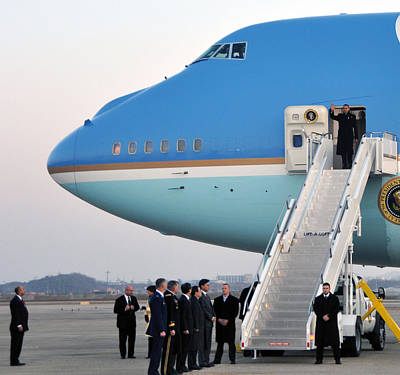 President Obama, Osan Air Base, Korea Poster by Science Source
