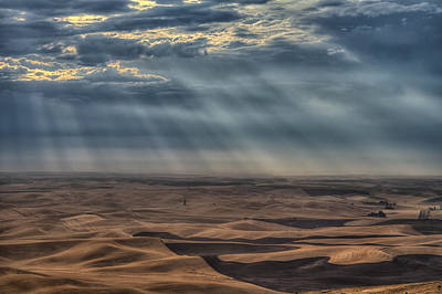 Rays On The Palouse Poster by Mark Kiver