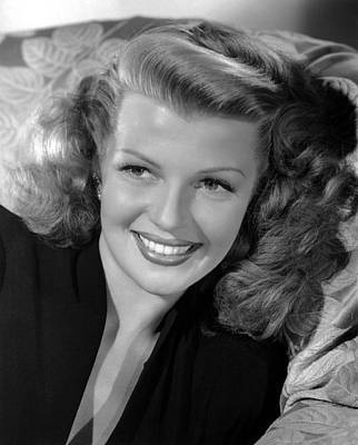Rita Hayworth, 1946 Poster by Everett