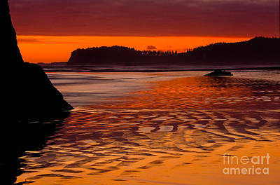 Ruby Beach Afterglow Poster by Inge Johnsson